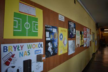 Dekoracja szkoły 03